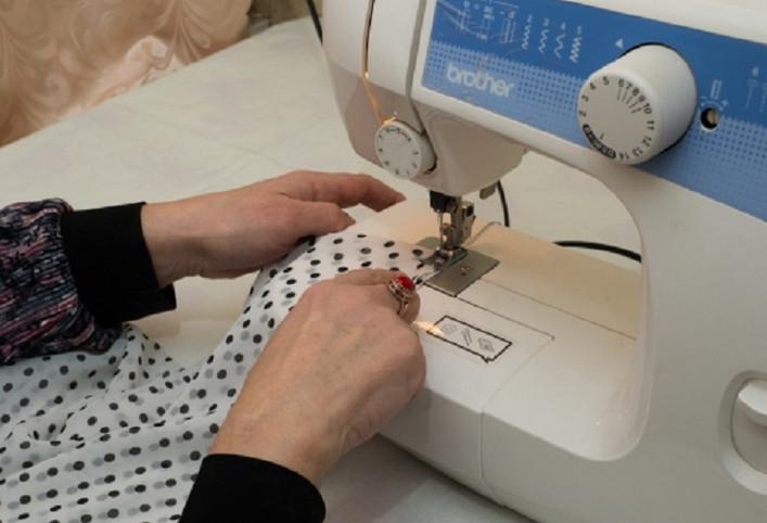 Мастерица сшила 2 лоскутка ткани… То, что у нее получилось, заставило меня достать швейную машину!
