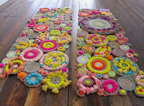 Всё, что тебе понадобится, — это красивые идеи и пара футболок! 6 красивейших ковров своими руками!
