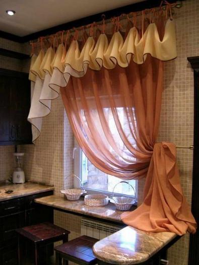 Пошила шторы на кухню, и теперь меня не остановить...