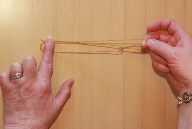 Вязание ниткой в 3 сложения спицами или крючком без хлопот... Хитрость вязания без спиц и крючка в несколько ниток!