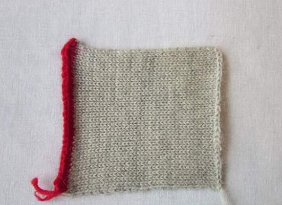 Обработка уголка кантом при вязании (кеттлёвка)! Подобным образом можно обрабатывать воротник, лацканы, клапаны карманов....