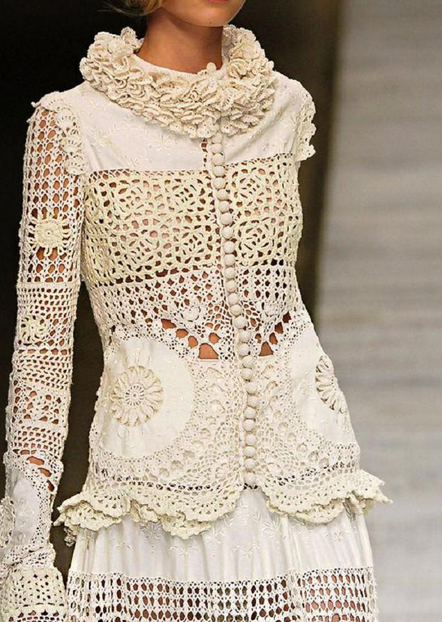 Зонтики — это вообще отдельный вид прекрасного! Интересные идеи декора одежды и аксессуаров вязаными элементами...