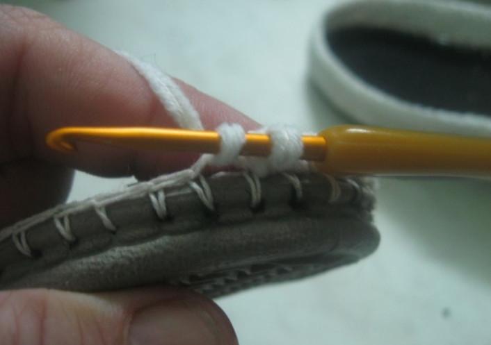 Вязаные крючком мокасины на подошве: подробный мастер-класс...