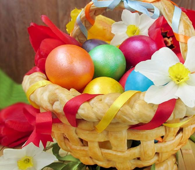 Она взяла фольгу, кувшин и дрожжевое тесто... ТАК яйца на пасхальный стол не ставил еще никто!