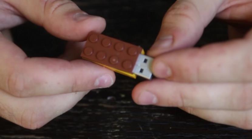 Он распилил деталь Lego надвое, чтобы собрать кое-что неожиданное… Как долго я мечтал о подобном!