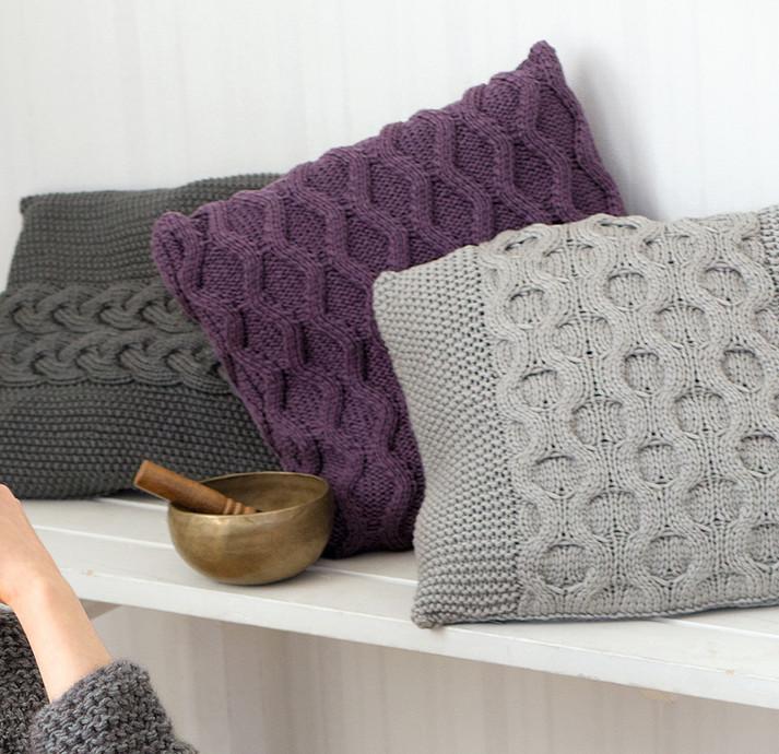 Украшаем дом: чехлы для подушек с рельефным узором...