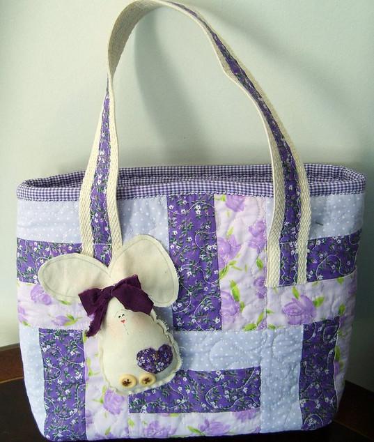 Лоскутное шитьё сумок и подушек в технике пэчворк... Сумочки это нечто!