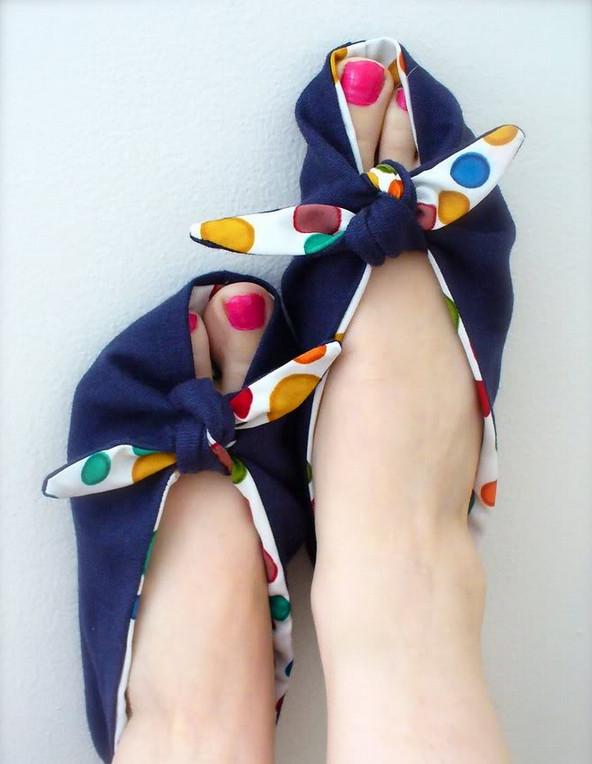 Необычные мягкие тапочки... Сменная обувь легко и просто!