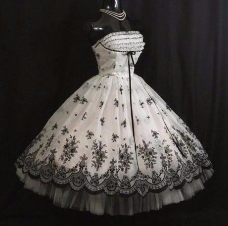 Самый женственный стиль! Платья в стиле 50х — удивительно женственные модели...