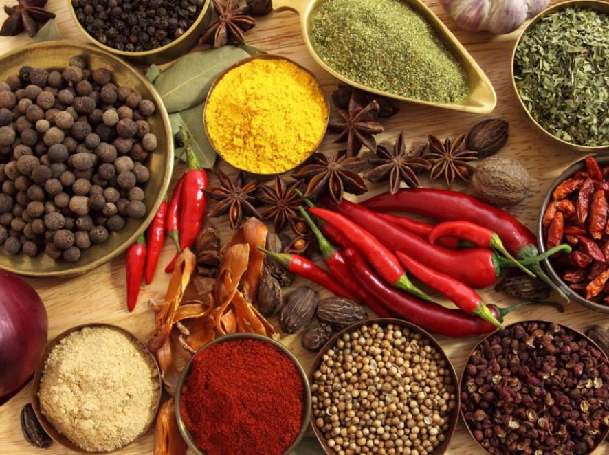 Путеводитель по специям: правильные сочетания с разными видами блюд!