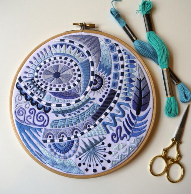 Художественная вышивка Corinne Sleight... Профессиональные композиции, изысканные цветовые отношения и безупречный вкус!