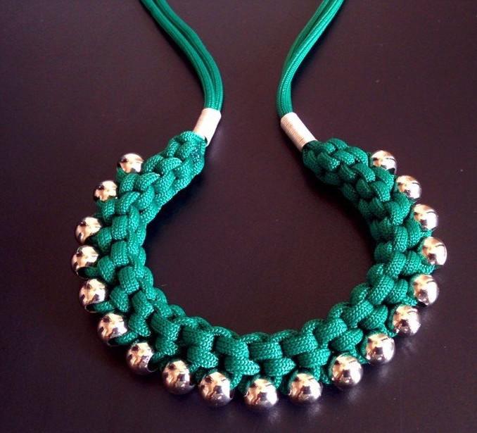 У каждой должно быть такое! Простое ожерелье в этническом стиле своими руками...