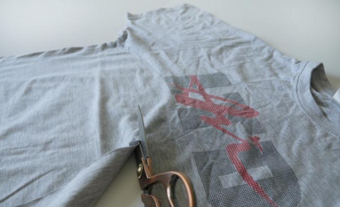 Быстро и оригинально! Как просто нарезать пряжу из футболок...