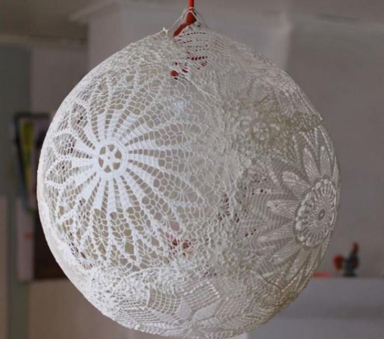 Как украсить обычные вещи кружевной салфеткой... Вдохновляющие идеи для декорирования! (Часть 1)