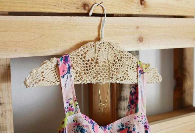 Как украсить обычные вещи кружевной салфеткой... Вдохновляющие идеи для декорирования! (Часть 2)