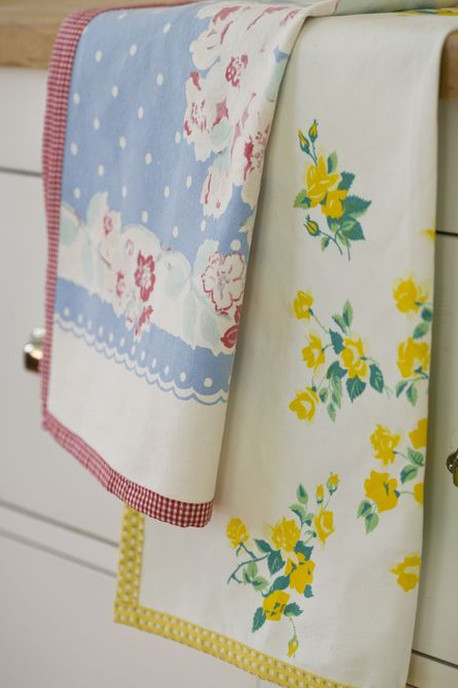 Как повторно использовать старое постельное бельё?.. Главное - найти ножницы и нитки!