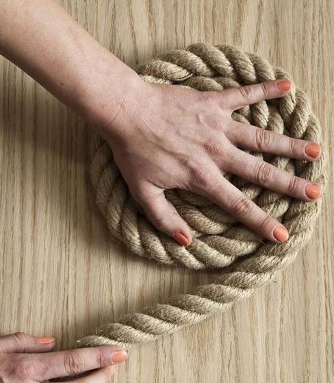 Стильные коврики из веревки... Уж точно, все соседки будут завидовать!