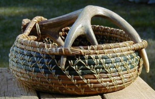 Мастер-класс: корзинки из сосновых иголок... Чего же только не придумают!