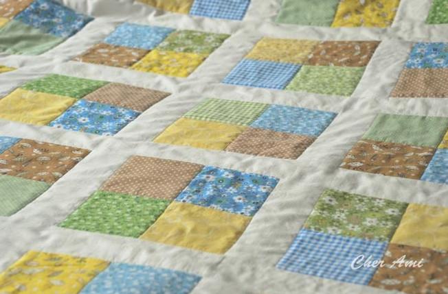 Шьем несложное лоскутное одеяло... Красиво и стильно!