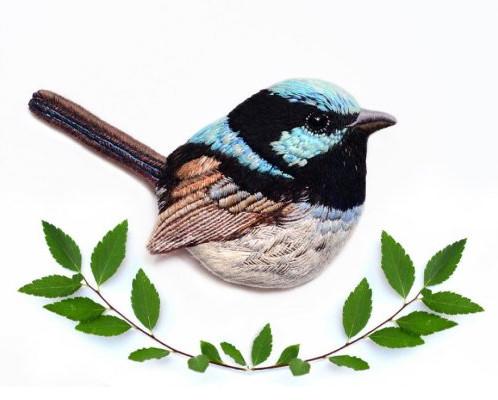 Вышитые броши в виде птиц от Паулины Бартник! Вы только взгляните на эти работы...