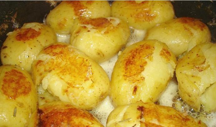 Стоит добавить этот ингредиент, чтобы картофель буквально таял во рту... Рекомендую всем!