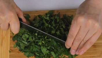 Вот как нужно готовить салат с кабачками... Эта заправка свела меня с ума!