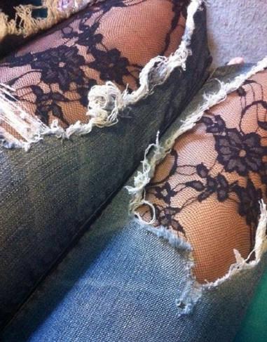 Множество идей по переделке джинсов в прекрасные творения! Сколько же полезного из них можно сделать...