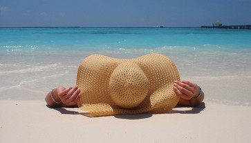 Теперь я знаю, как защититься от надоедливого песка на пляже!