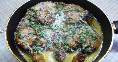 Узнав этот секрет, ты будешь готовить курицу только так! Теперь это наше любимое семейное блюдо...