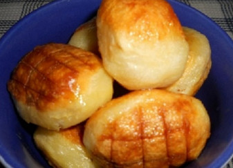 Повар отварил картофель и отправил в морозилку... Напоминает картофельное пюре в хрустящей корочке!
