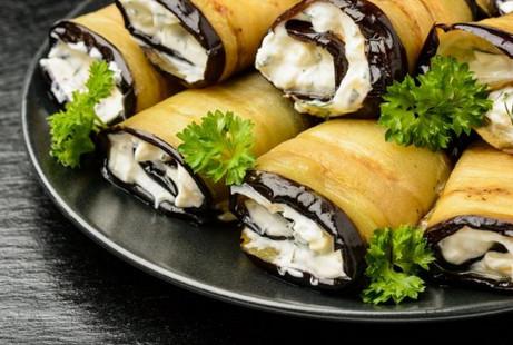 7 «быстрых» блюд, которые можно приготовить из баклажанов
