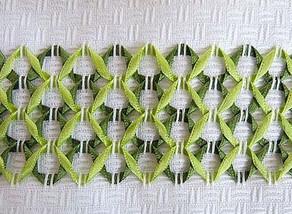 Вышивка лентами в технике «мережка»... Создаем красивые бордюры