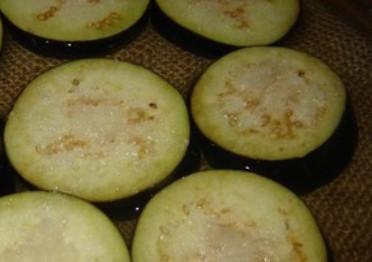 Заморозка баклажанов с помидорами... Всю зиму вы будете наслаждаться любимым блюдом!