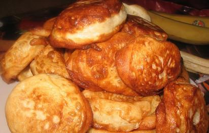 Пышные оладьи: отменный рецепт для настоящих хозяек.... Вкусные оладьи должна уметь готовить каждая хозяйка!