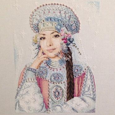 Дизайнер Екатерина Волкова и ее работы: гиперреализм в крестиках...