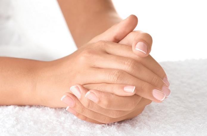 Темные полоски на ногтях — страшный признак! Онкологи предупреждают…