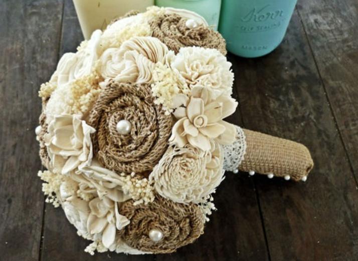 Необыкновенные цветы из обыкновенной мешковины!