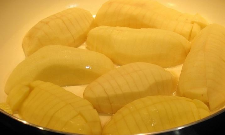 Любишь жареный картофель? Научись готовить и подавать его совершенно по-новому... Всегда знала, что из этого овоща можно приготовить что угодно!