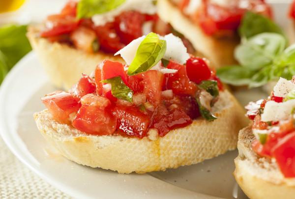 Итальянский ужин за 30 минут: 5 простых блюд итальянской кухни, которые стоит приготовить!