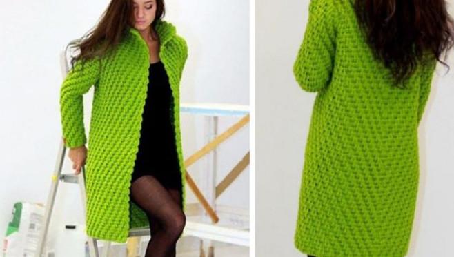 Супер модное вязаное пальто с шикарным узором из рельефных столбиков...
