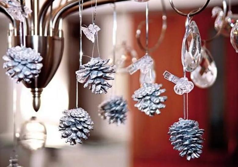 Новогодний декор как в магазине: соседка такие украшения смастерила, залюбуешься!