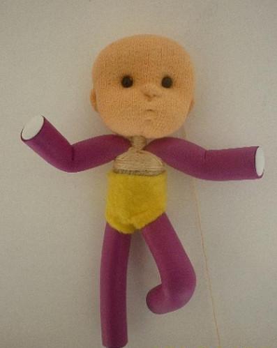 Какие прекрасные куклы получаются из бигуди. Делаются очень просто...