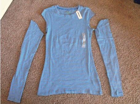 Новое из старого: футболка с рукавами-бантами из пуловера...