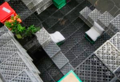 20 идей для применения пластмассовых тарных ящиков дома и на даче...