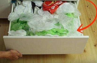 Воспользуйтесь этим способом, чтобы такого в шкафу больше не было.
