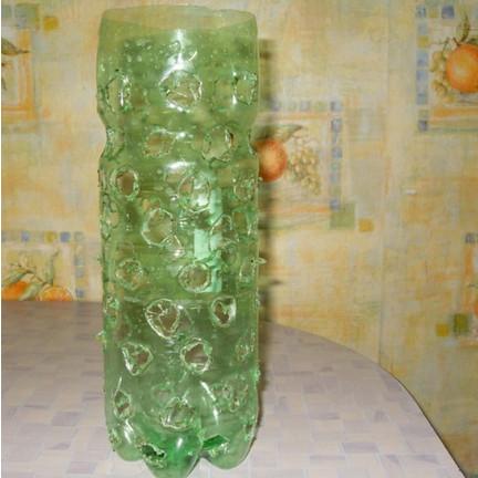 Необычный и красивый способ вырастить зелёный лук на подоконнике...