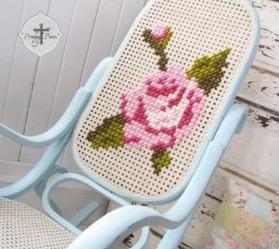 Гениальные идеи использования вышивки в декоре...