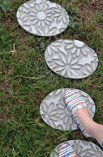 18 отличных идей, как при помощи бетона украсить сад...