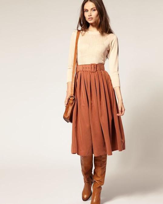 Юбки всякие нужны! Даже если вы привыкли не вылезать из штанов, ваш гардероб все равно будет неполон без хорошей юбки!