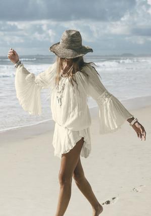 Белое бохо, или шикарная одежда для королевы летнего пляжа...